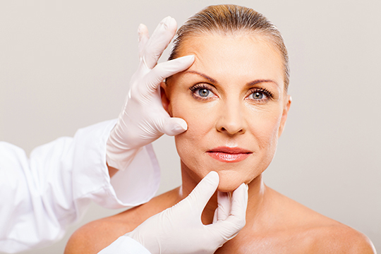 Facial Platelet-rich plasma treatment - Vampire Lift
